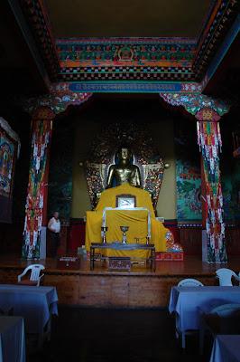 Buddha Statue: Norbulingka Institute