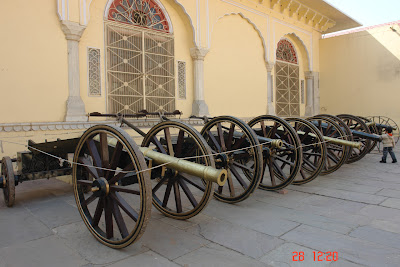Row of canons inside the Jaipur City Palace