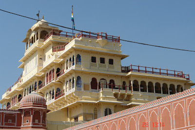Photo of Yellow private area of the Jaipur City Palace