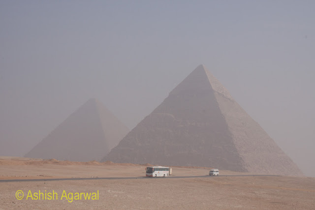 Giza Pyramids - Tourist buses driving to the Panorama point, from the Pyramids