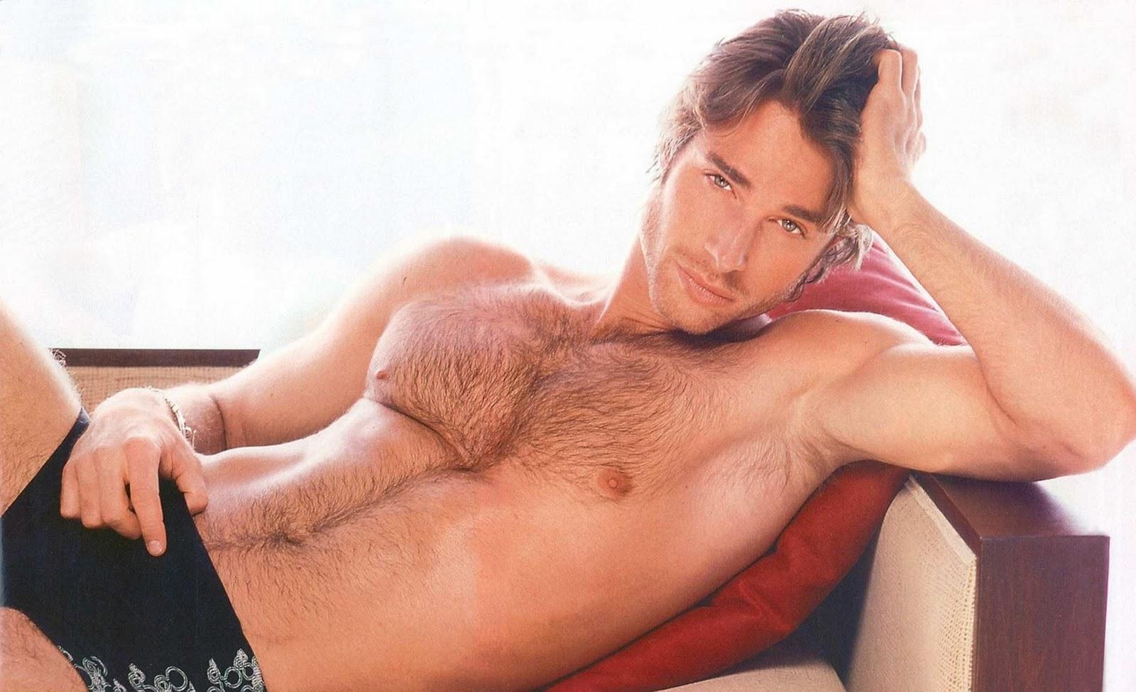 fotos de hombres guapos en tanga: