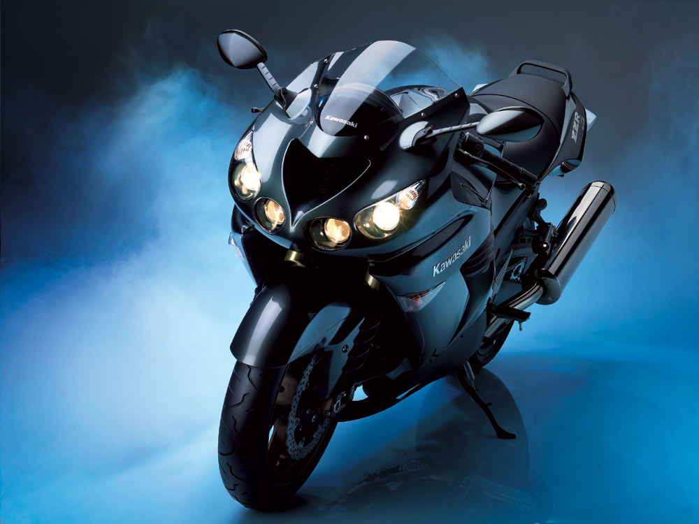 http://4.bp.blogspot.com/_8UTVUHc13Mg/SwQr4ZI42zI/AAAAAAAAANc/WnGRhIUiwZk/s1600/Kawasaki+ZZR1400+06++1.jpg
