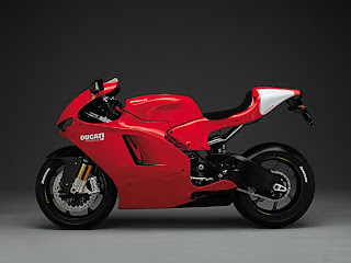 Ducati Desmosedici RR Wallpapers