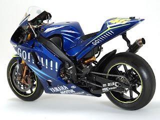 Yamaha M1 Valentino Rossi Wallpaper