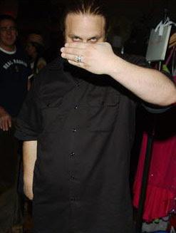 - SlipKnot - Slipknot+percussionist+M+Shawn+Crahan+at+Grammy+Style+Studio+Feb+2005