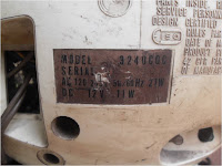 Koleksi antik TV JVC AC-DC