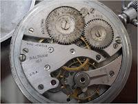 Koleksi arloji saku tua Waltham USA