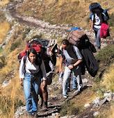 Perú 21 Informe: Turismo desordenado y sin control afecta Machu Picchu