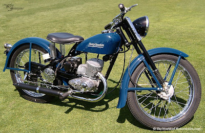 1954 Harley Davidson for Sale http://wallpaperlovers.info/wallpapers/davidson-sportster-motorcycle-for-sale-harley-davidson-clic-1958