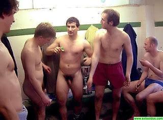 [Vestuarios+desnudos+(10).jpg]