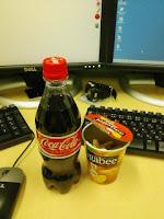 コカ・コーラとカルビーのジャガビーの巻。
