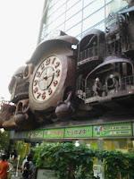 汐留にある宮崎駿デザインの日テレ大時計の巻。