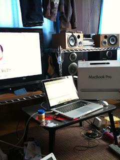 弟がApple MacBook Pro 13インチを買った