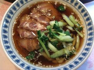 越谷市中国料理翡翠(ひすい)のラーメン