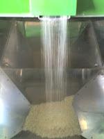 我が家では玄米を精米して使っています。