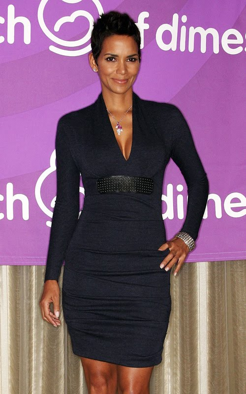 Halle Berry Is A Gorgeous Woman And Her Style Savy Is Amazing Because