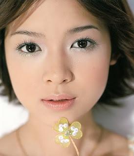 ... make up untuk tampil cantik simak gaya make up natural yang bisa