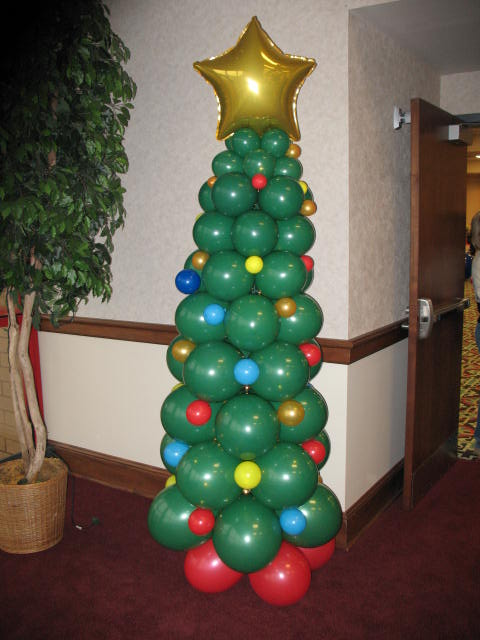 Christmas ideas christmas balloon decorations for Balloon decoration designs