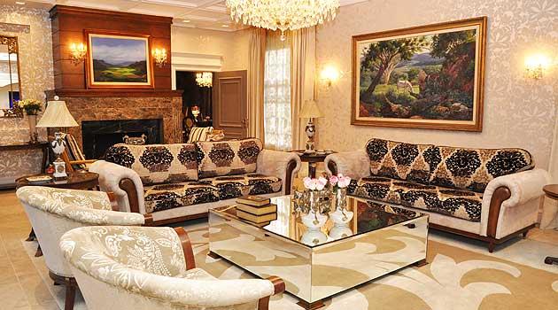 Imagens viagens hotel com charme de castelo escoc s for Sala de estar de un hotel