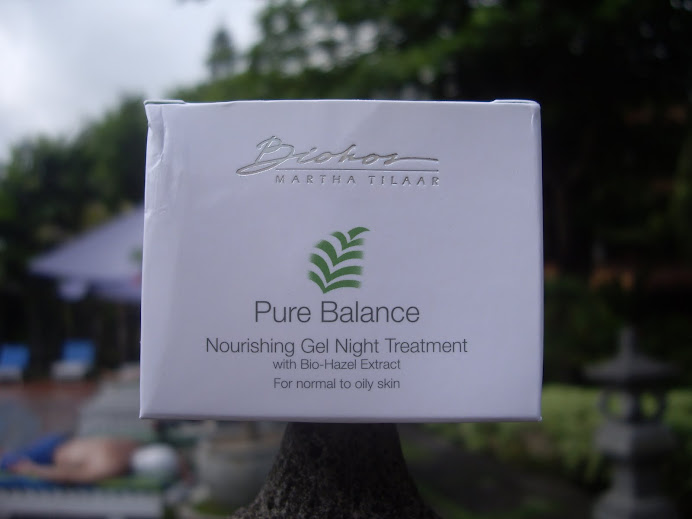 PURE BALANCE NOURISHING GEL NIGHT TREATMENT