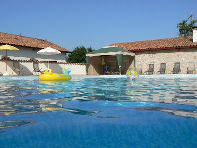 Gîte '3 soleils' avec piscine chauffée