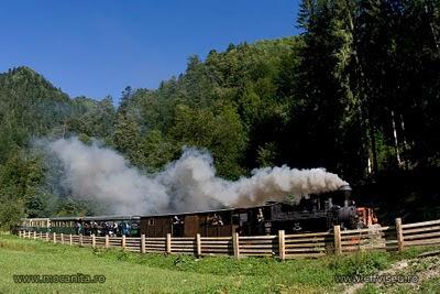 Programul mocanitei pe CFF Viseu de Sus in 2010   www.mocanita.ro