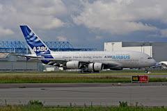 AIRBUS A380 c/n 001