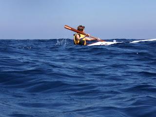 Matilde tra le onde del mare