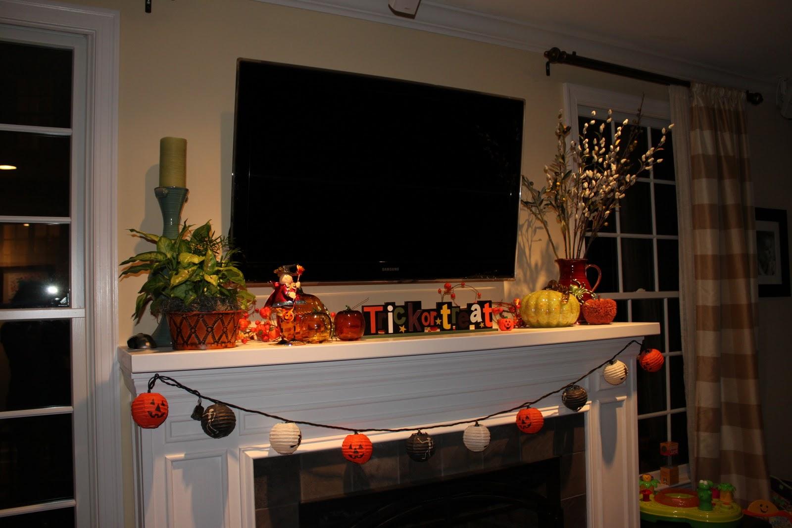 Houseography Halloween Mantel Decor
