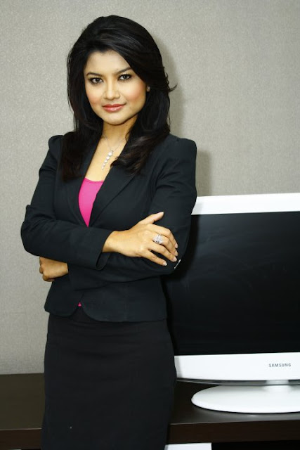 Ooh Yes Skandal Photo Bugil Tina Talisa Presentter Tv One