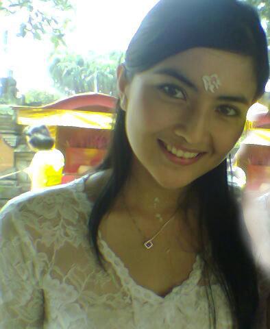 Ida Ayu Kadek Devi Pretty