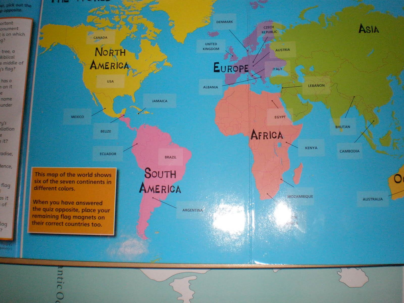 Montessori spanish flags of the world the flags are magnets this is difficult for little ones because it has pages with the map and flags of all of the countries gumiabroncs Choice Image