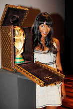 LOUIS VUITTON CARRIES THE WORLD CUP!