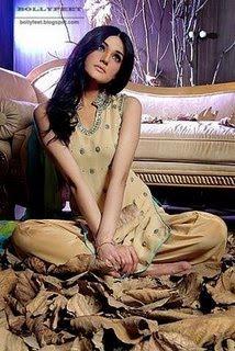 [zara-sheikh-pakistani-actress-zara-sheikh-pakistani-actress-zara-sheikh-hot-pictures-zara-sheikh-pictures-zara-sheikh-lollywood-pictures-Zara01-8a78d_zara-sheikh2.jpg]