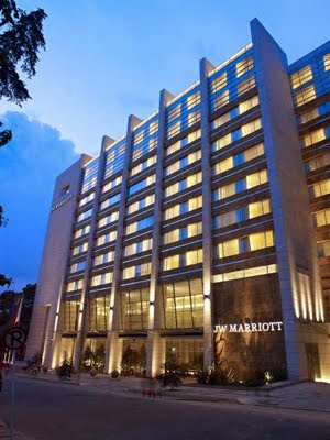 Doing business in colombia jw marriot opens luxury hotel for Luxury hotel bogota