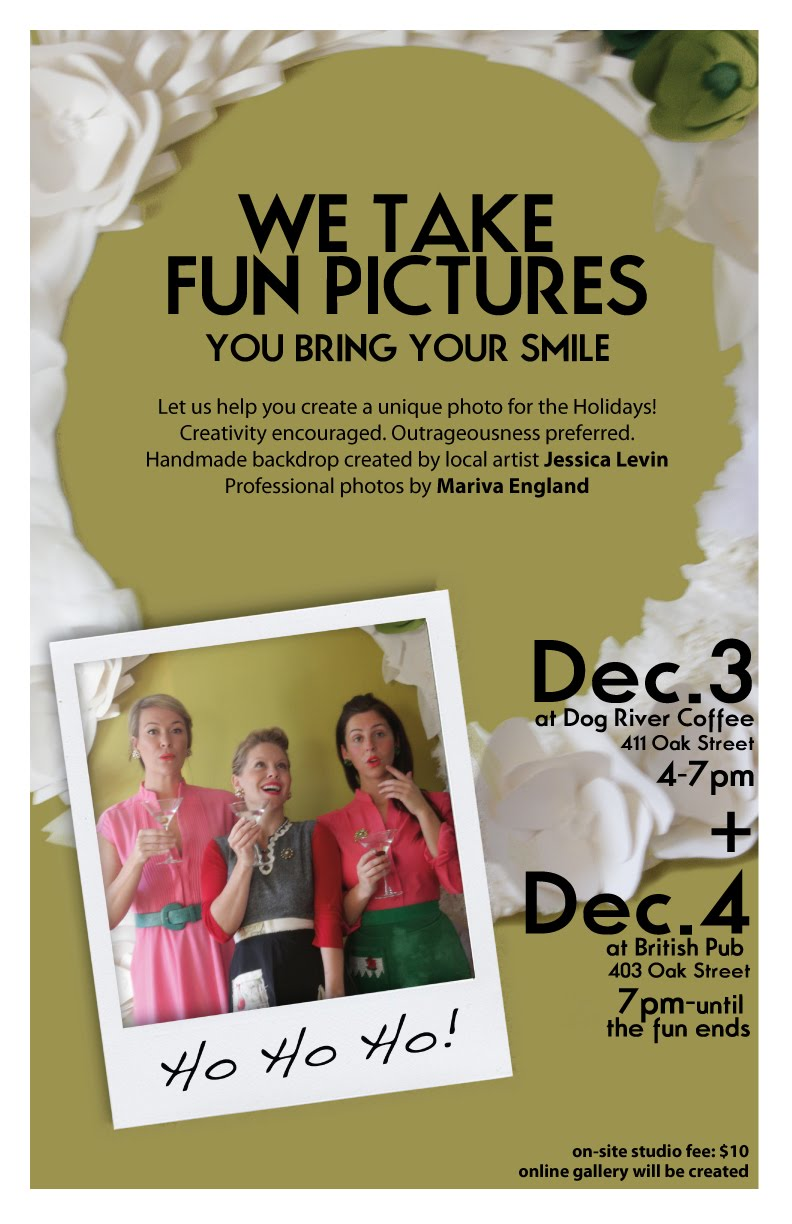 AMARETT WORKS!: Design: Holiday Photo Booth poster