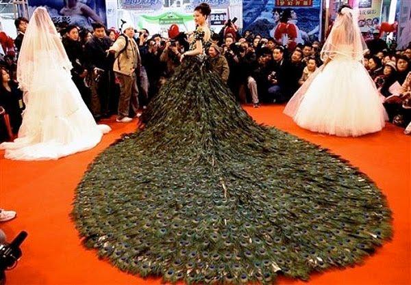 Vestido de novia en color negro
