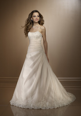 Günstige Brautkleider schöne