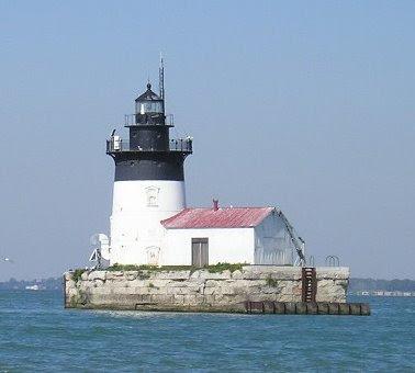 novelette by Doctor Shoal Lighthouse Shoal on the detroit river