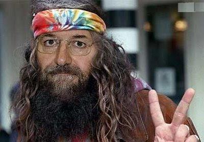 [Imagen: Mariano_Rajoy_hippie_406.203.jpeg]