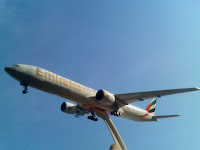 Emirates Boeing 777-300 1/200
