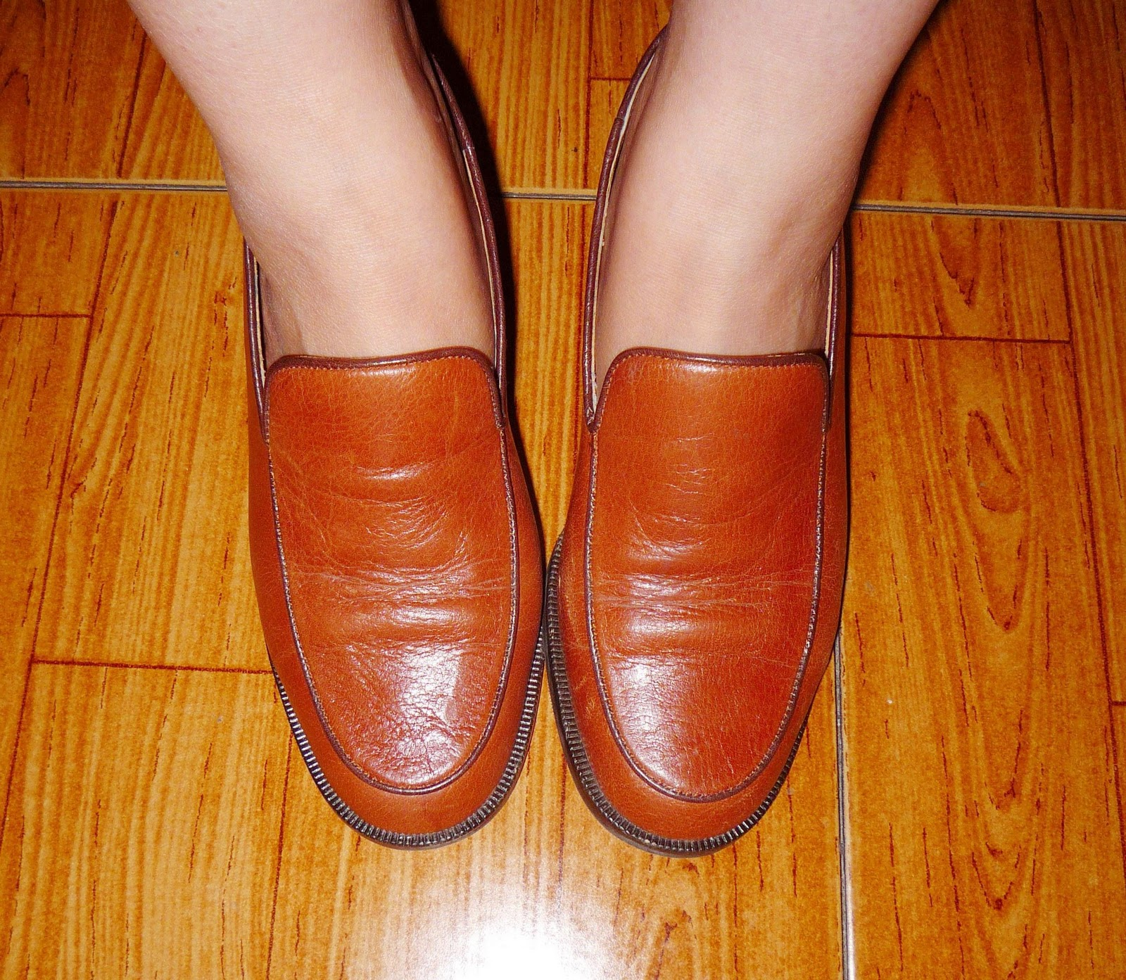 Image Result For Light Colored Shoes