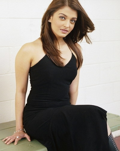 Aishwarya Rai Latest Hairstyles, Long Hairstyle 2011, Hairstyle 2011, New Long Hairstyle 2011, Celebrity Long Hairstyles 2084