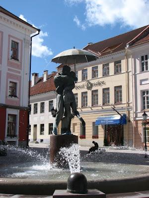 Tartu monument