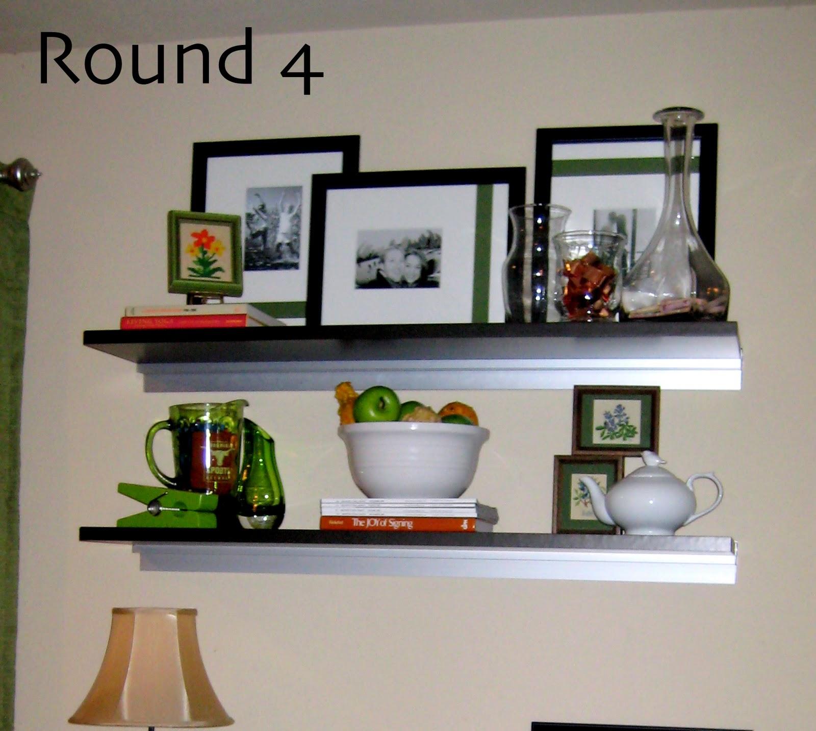 Decorating a bookshelf C R A F T