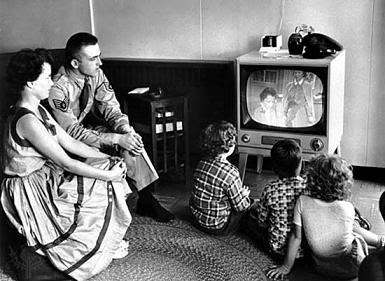 Resultado de imagen de los picapiedra en la television antigua