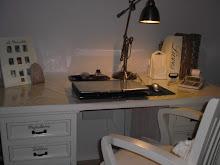 Riviera Maison kirjoituspöytä.
