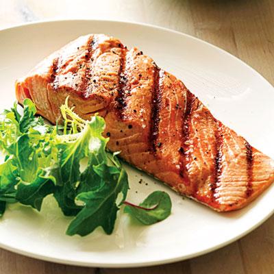 La cocina de beto salmon a la parrilla for Cocinar salmon