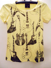 A 1041 - Guitar baby T (yellow)