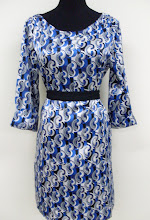 A 1009 - Blue pattern top (belt not included), fits size S,M,L,XL)